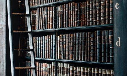 """""""Biglaw Basics"""":  Learning to Love Secondary Sources"""